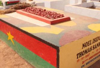 CIMETIERE DE DAGNOEN:    La tombe de Thomas Sankara de nouveau profanée