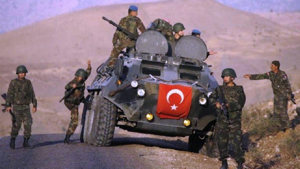 """Τα Αρματα του Ερντογαν εισέβαλαν στην Συρία """"για να χτυπήσουν το ISIS"""" ή για να βοηθήσουν τους Τουρκμάνους συνεργάτες του ISIS;"""