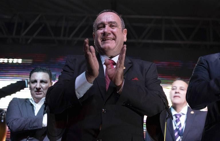 Élection au Guatemala : Le candidat conservateur remporté le scrutin au dépend de sa rivale Sandra TORRES