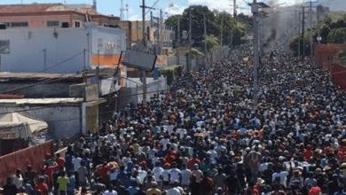 Photo of Des milliers de manifestants ont défilé ce vendredi 27 septembre dans plusieurs villes du pays pour exiger le départ de Jovenel Moïse