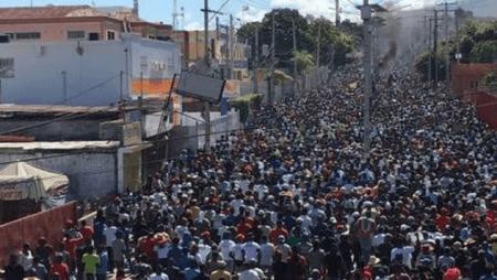 Des milliers de manifestants ont défilé ce vendredi 27 septembre dans plusieurs villes du pays pour exiger le départ de Jovenel Moïse