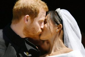 Prince Harry weds Meghan: The Kiss, Crowds Delight & Royal Celebration