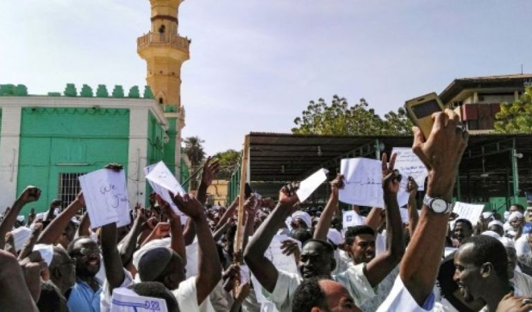 Sudan journalist sentenced to 3 months in prison for reporting unrest in Darfur