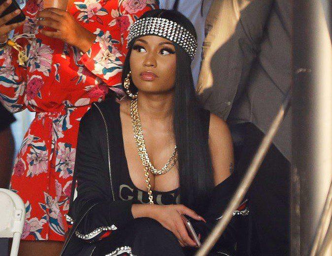 "Nicki Minaj Trolled Over Her ""Stiff Butt"" Twerking In New Video"