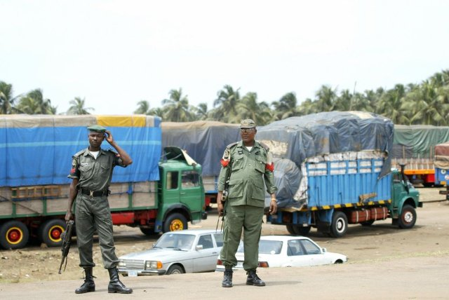 Nigeria Gov't extends closure of its borders until end of January