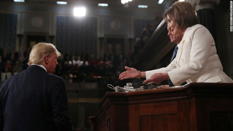 Trump snubs Pelosi's Handshake