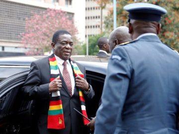Zimbabwe curfew to curb virus