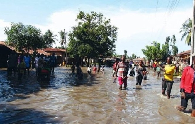 Rainstorm wreaks havoc in several states
