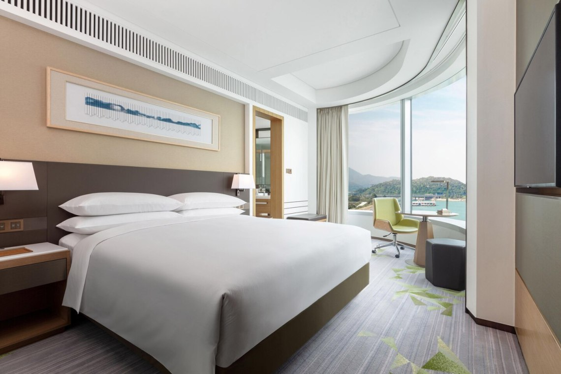 Sheraton Hong Kong Tung Chung Hotel
