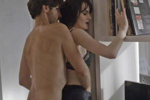 "The wildest sex scene in years featured in ""Good Behavior"" [Video]"