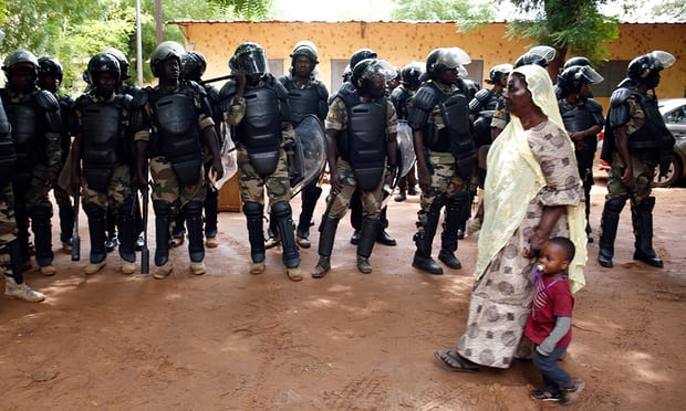 Malians votes in runoff election amid heavy security presence