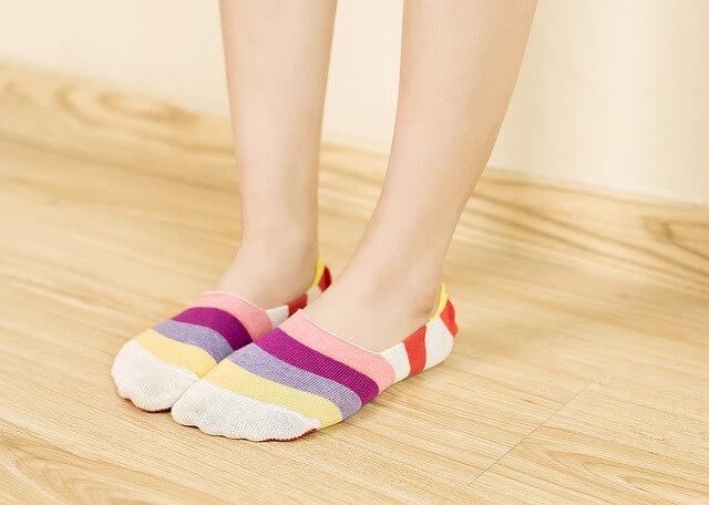 invisible-socks-1260368_640