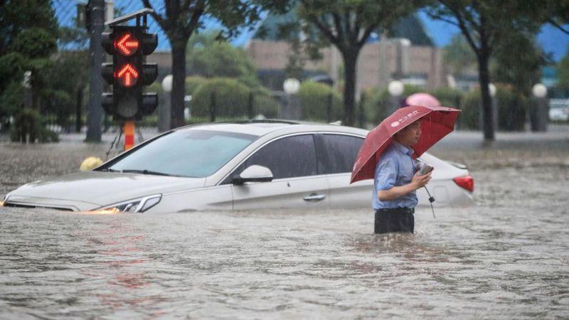 Inondations en Chine : 200 000 personnes évacuées, des dizaines de morts à Zhengzhou