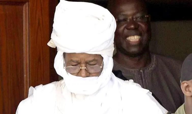 Désaccord entre les deux veuves autour du lieu d'enterrement de Habré