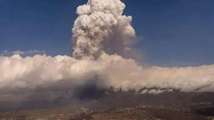 🇮🇨 Éruption aux Canaries : sept vols intérieurs annulés vendredi