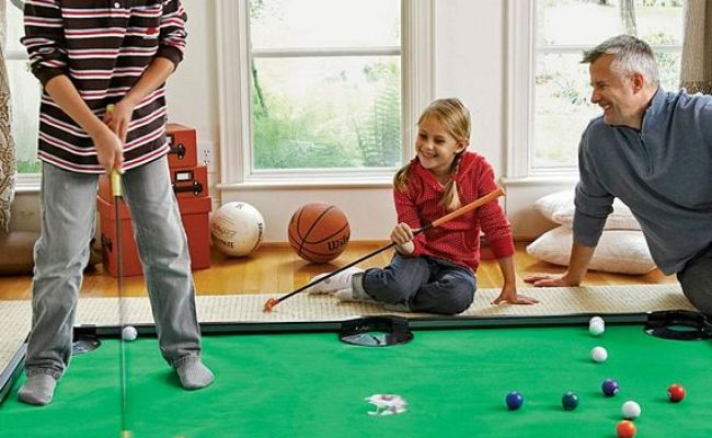 Putter Pool Looks Ridiculously Fun