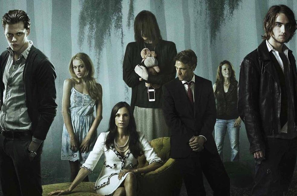 Hemlock Grove series like dark netflix