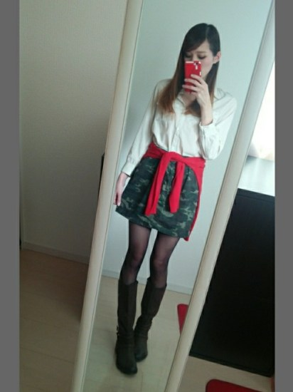 red (14)