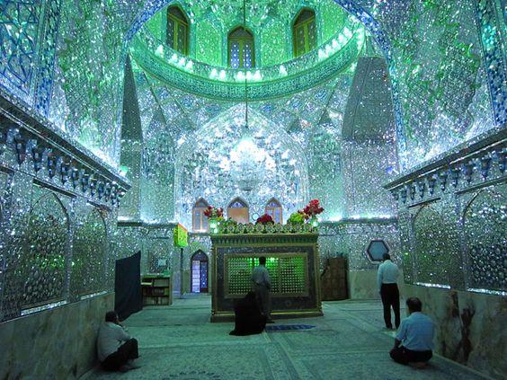iran_shahcheragh3