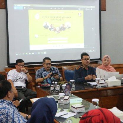 Diskusi publik tema peran kaum muda melawan hoax pemilu (2)