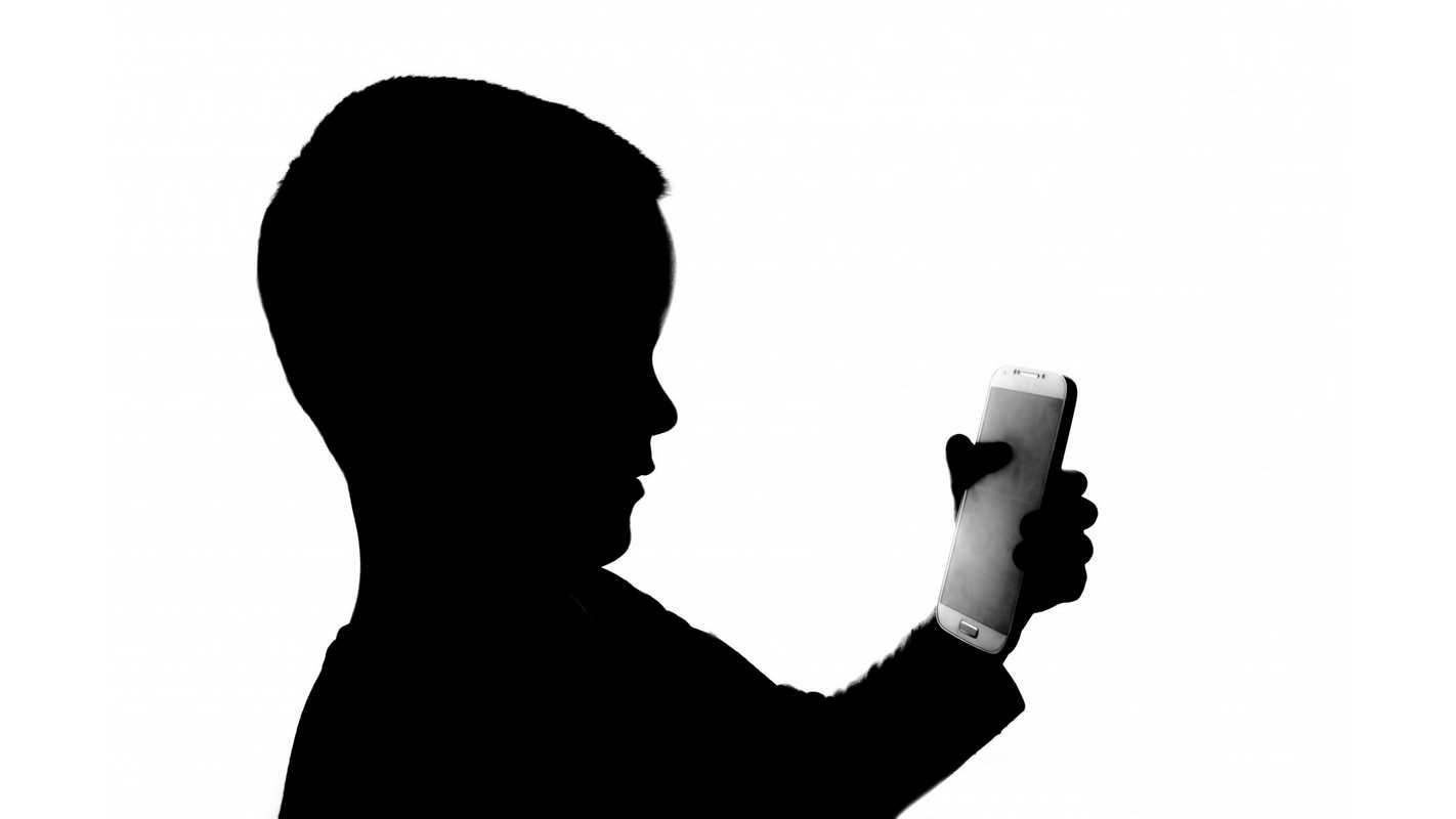 Should Kids Have Cell Phones Pros And Cons Netivist