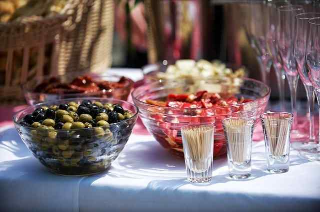 Buffet food trends catering new catering food ideas New trends of food catering
