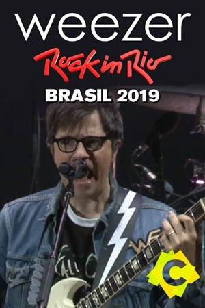Weezer - Festival Rock In Rio. El cantante de Weezer, Rivers Cuomo con guitarrra y cantando sobre escenario