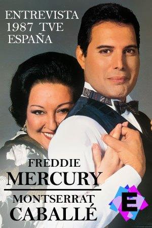 Montserrat Caballe abrazando a freddie mercury con un fondo grisFreddie