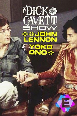 John Lennon y Yoko Ono cogiéndose la mano sentados en un sofa
