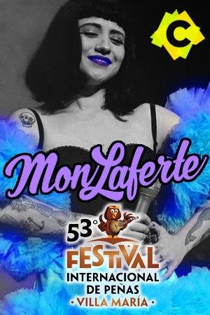 Mon Laferte - Festival Internacional de Peñas. mon laforte pelo negro y vestida con tutu azul