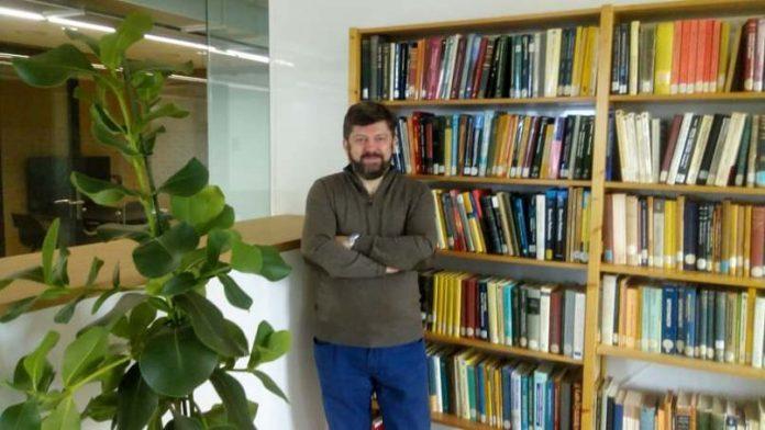 Професорот Томовски од ПМФ и член на СДСМ: Затвор за Бучко, а не нова  функција | NetPress