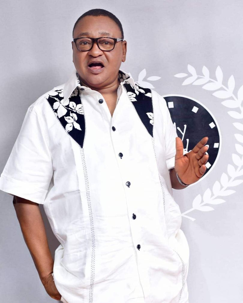 Veteran actor Jide Kosoko participates in cute family challenge with 5 daughters (video)