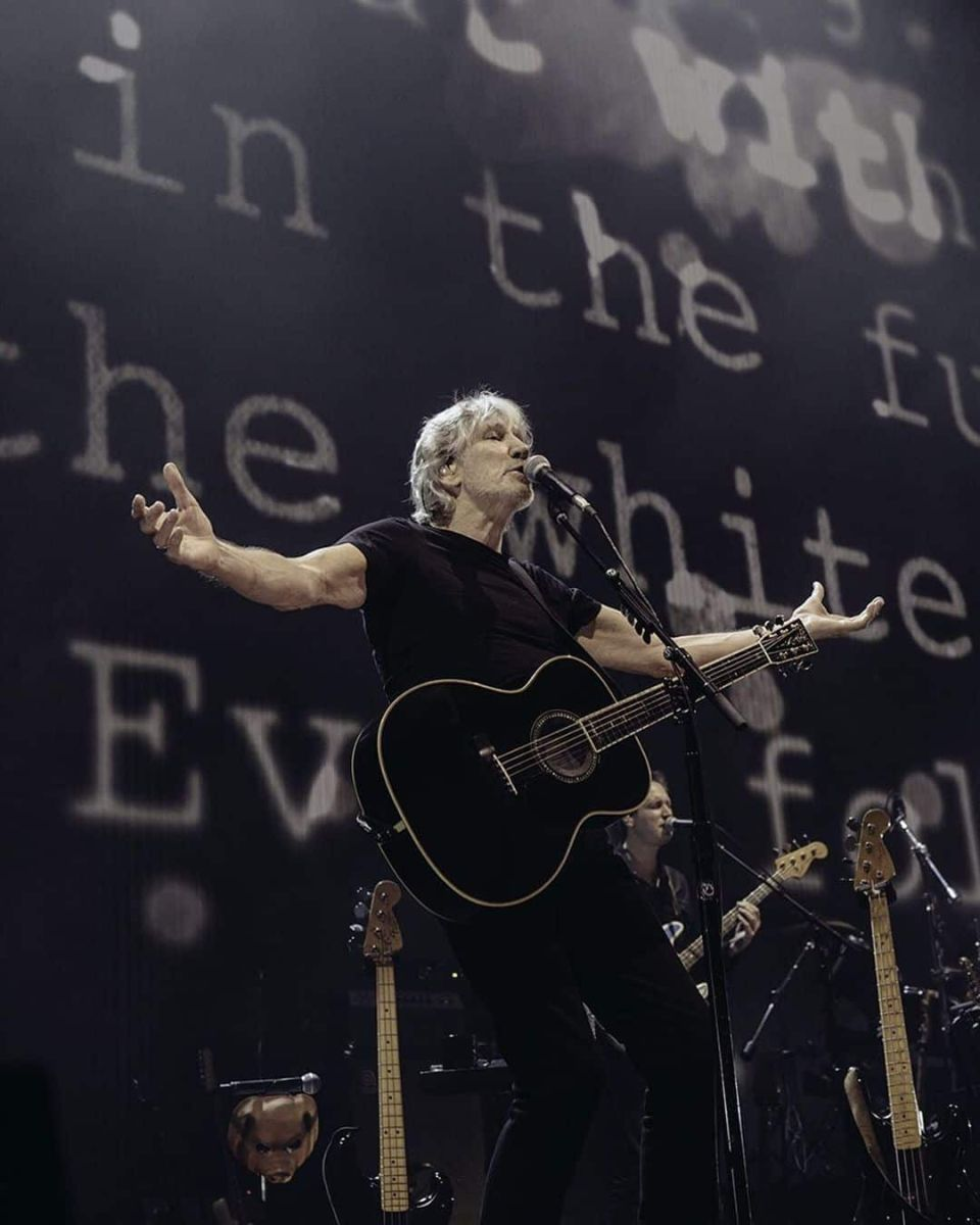 What is British Singer, Roger Waters Net Worth?