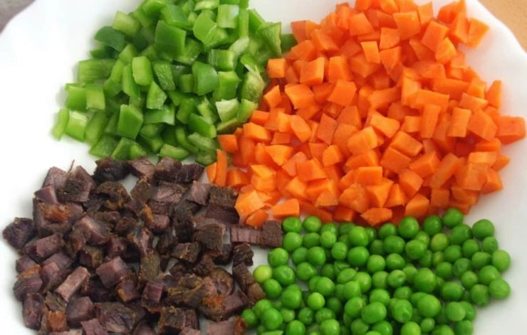 Image result for NIGERIAN fried rice  VIDEO: LEARN HOW TO COOK NIGERIAN FRIED RICE vllkyt7j8dauaen9o