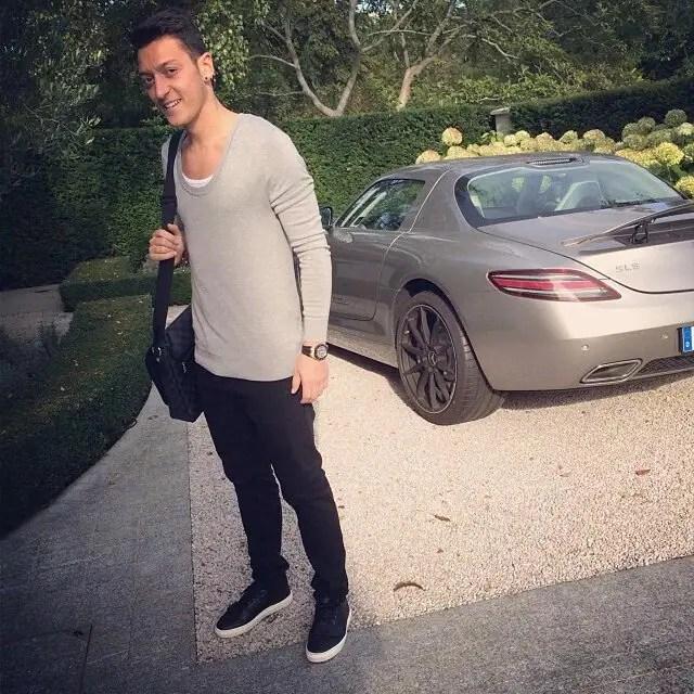 Mesut Ozil's breathtaking fleet of stunning cars worth £500k