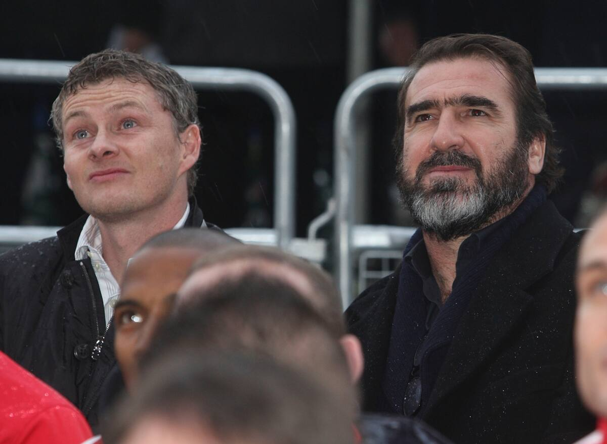 What happened in the dressing room after cantona kicked a fan? Alex Ferguson, Eric Cantona, join Solskjaer to celebrate ...