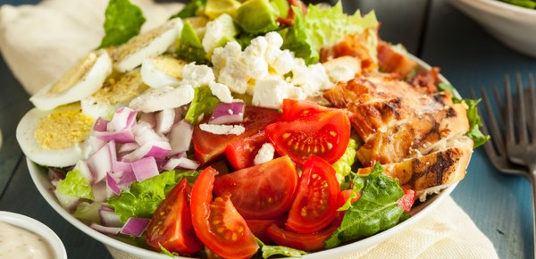 Classic Salad Recipe: Super Stuffed Cobb Salad – 12 Tomatoes