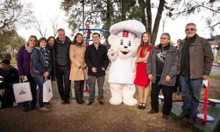 Bimbo inauguró un espacio comunitario saludable frente a su planta de elaboración