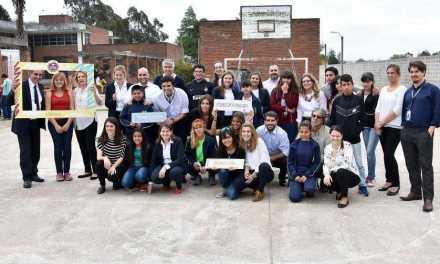 Nueve cada diez alumnos becados por la organización Cimientos aprobó el primer año de Ciclo Básico
