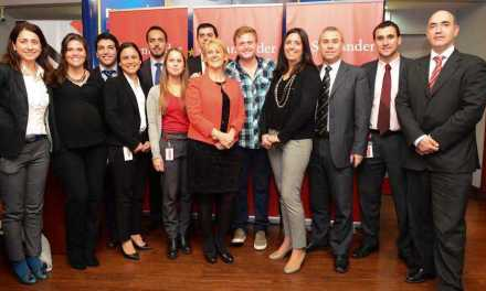 Centros educativos integrarán programa de Educación Responsable con apoyo de Santander