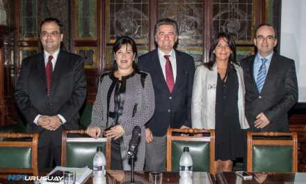 Diputada Lourdes Rapalin presenta proyecto de ley contra el acoso en las instituciones de Enseñanza