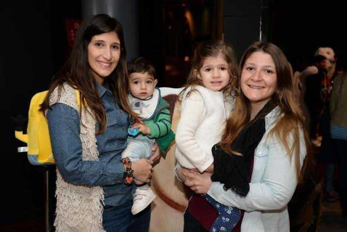 Carolina Pastorino, Juan Martin Juanena, Alfonsina Juanena y Giuliana Pastorino_