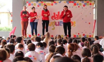 """Cuarta edición de """"Dale Juguemos"""" transmitió hábitos saludables a más de 2.000 escolares"""