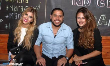 Barbie Vélez y Candela Ruggeri visitaron Jackson Bar en Montevideo