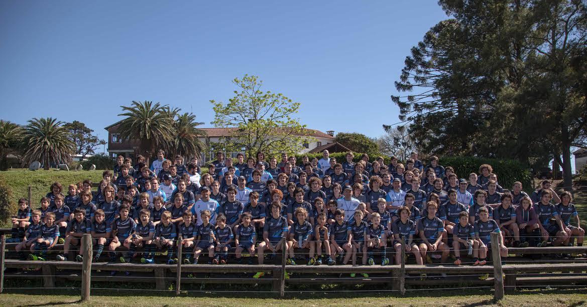 Niños y jóvenes aprendieron e intercambiaron con referentes en el Renault Rugby Camp