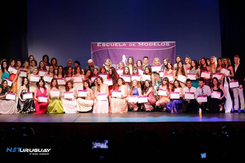 Más de 70 chicos se graduaron de la Escuela Miss Uruguay