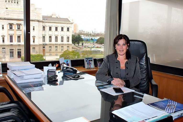 La diputada Lourdes Rapalin propone acelerar ley sobre bullying en Uruguay