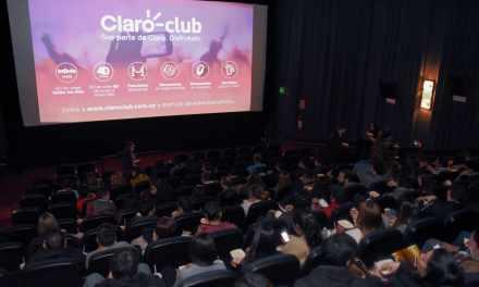 Claro Club ofreció a sus clientes varias funciones especiales plenas de humor y acción