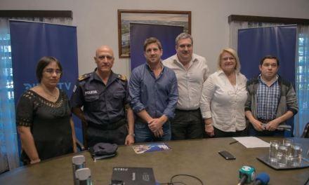 """DIRECTV transmitirá el """"Salto a la Vida"""" organizado por Edinson Cavani"""