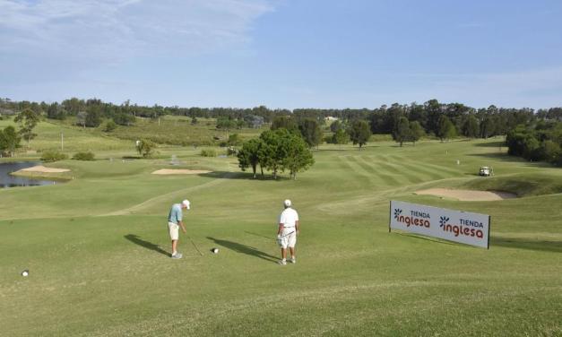Tienda Inglesa apoyó el torneo de golf a beneficio de la organizaciónReachingU
